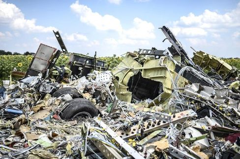 At MH17 Crash Site, More Signs of Tampering