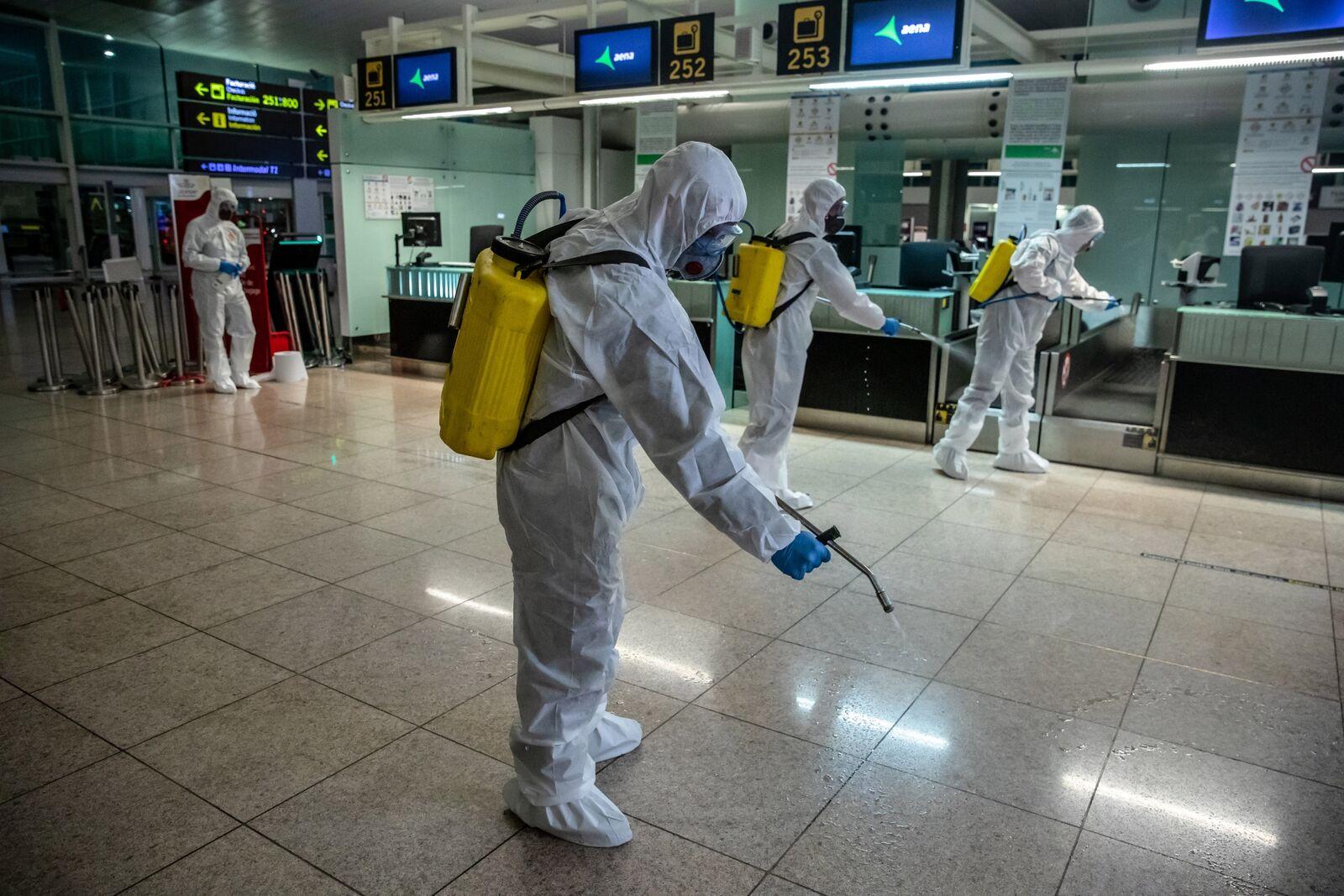 Military Emergencies Unit (UME) Disinfect El Prat Airport