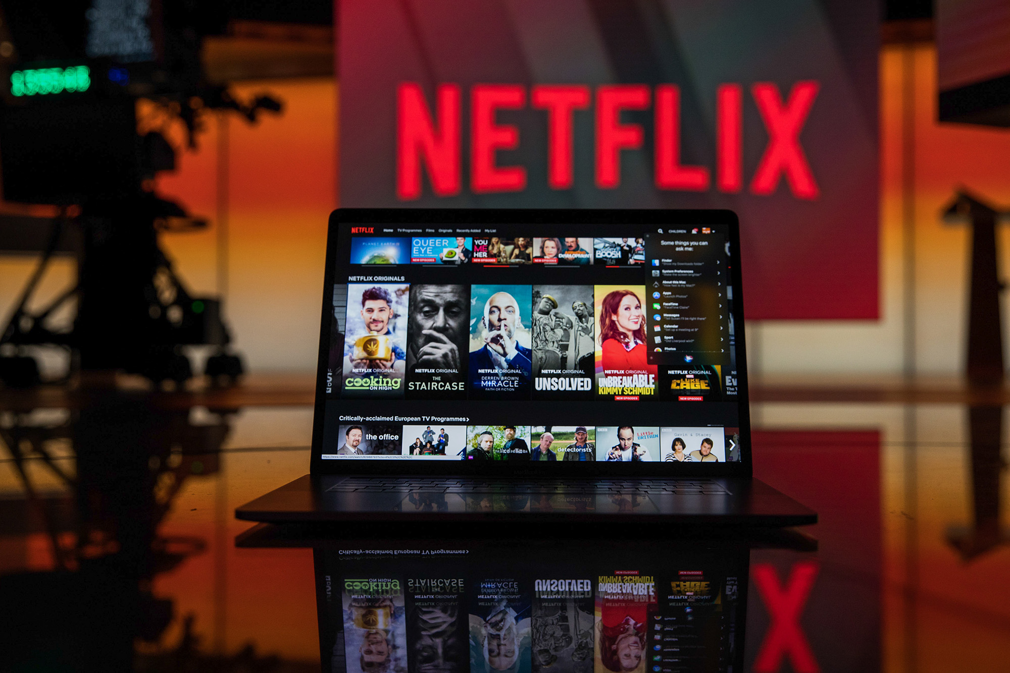 bloomberg.com - Anousha Sakoui - Netflix's Growth Helps Streaming Eclipse Cable Subscriptions
