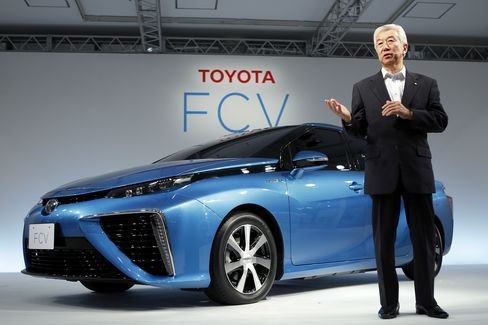 Toyota Fuel-Cell Vehicle