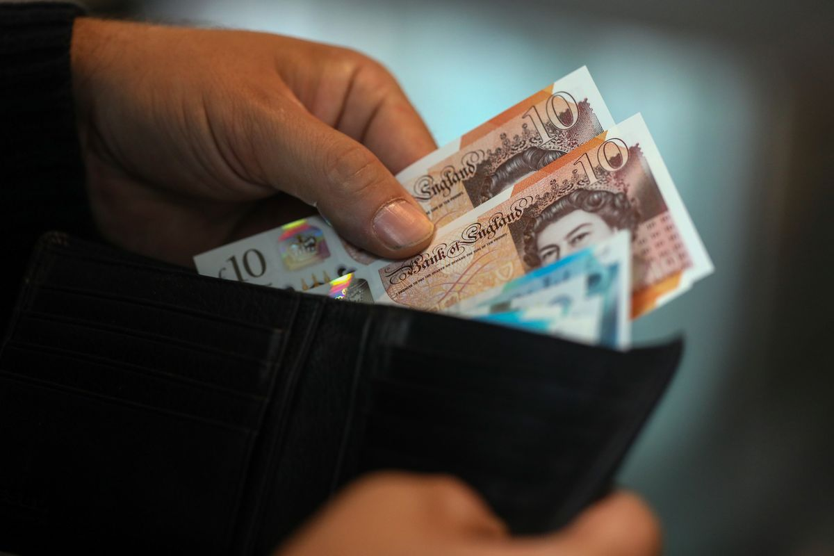 Pound Shows Signs of Creaking Under Weight of a No-Deal Brexit