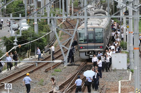 Three Dead, Plants and Trains Halted as Quake Rattles Osaka