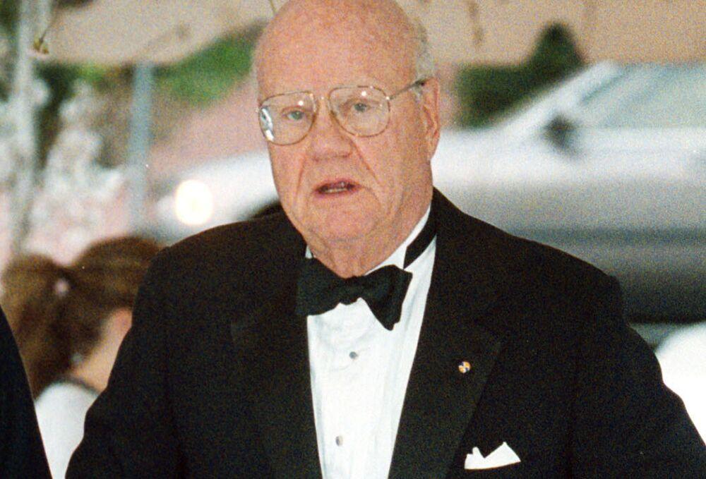 Forrest Mars Jr , Mars's Billionaire Co-Owner, Dies at 84 - Bloomberg