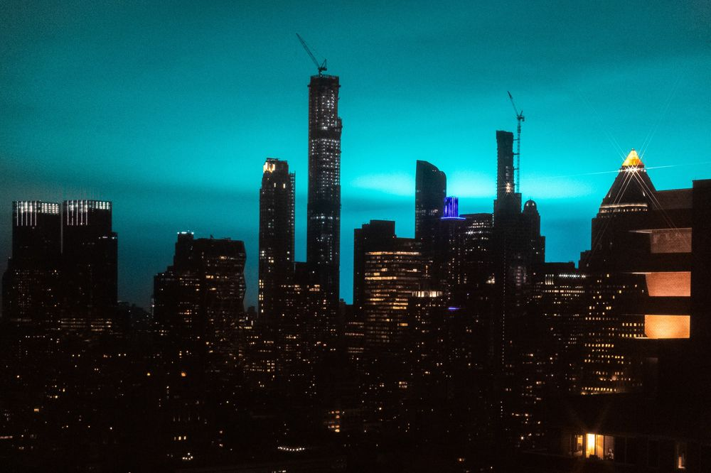 why a substation fire turned new york city s sky bright blue bloomberg