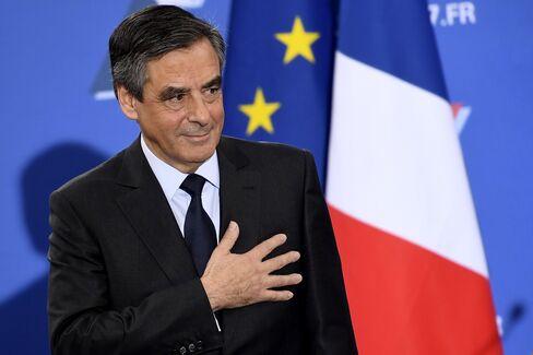 仏共和党候補のフィヨン元首相