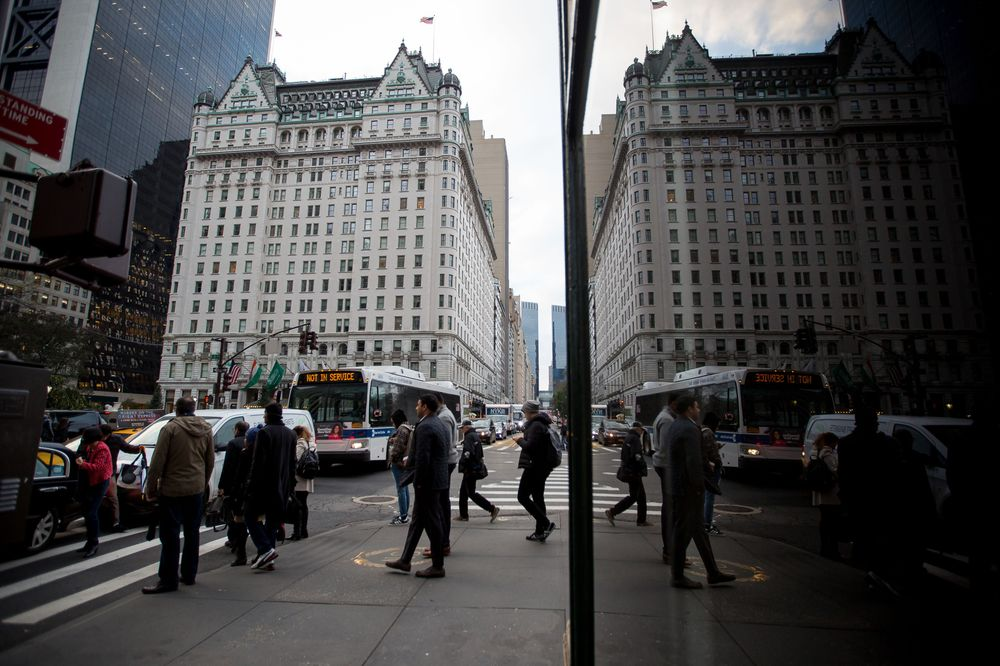 -1x-1 Storied Plaza Hotel is set to sell for $600 million