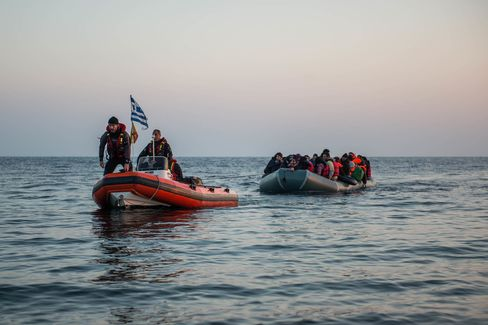 Refugee boats arrive in Lesbos Island