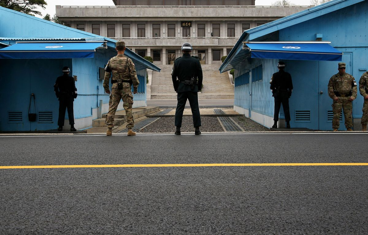 Petraeus Sees Tougher North Korea Sanctions Pushing Kim to Talks