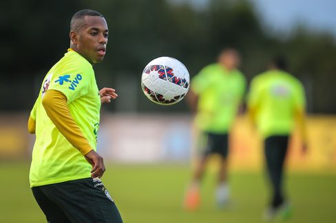 Brazil's Robinho eyes the ball during a training session in Viamao, Brazil on June 11, 2015 in preparation for the upcoming Copa America 2015 to be held in Chile from June 11 to July 4.