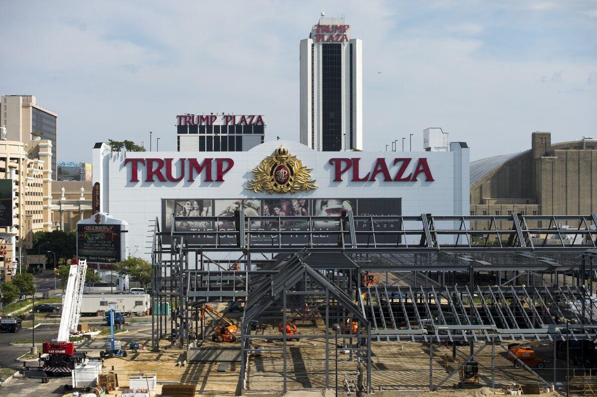 Carl Icahn Nixes Charity Bid to Blow Up Ex-Trump Casino