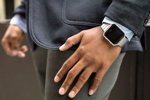 The Fitbit Blaze is the latest attempt from the wearable maker to take on the Apple Watch.