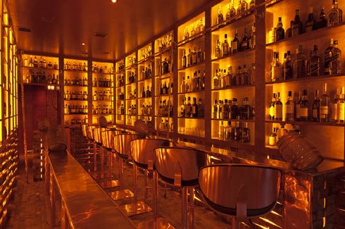 Copper & Oak bar in New York.