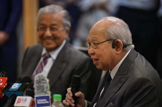 Here Are the Contenders to Become Malaysia's Next Prime Minister