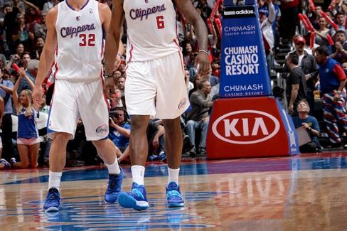 Corporate Sponsors End Ties to the Clippers