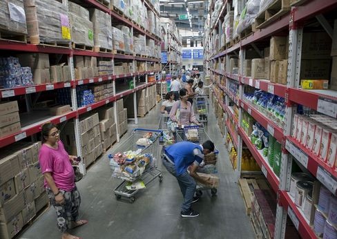 Wal-Mart in Talks With Bharti After India Eases Retail Rules