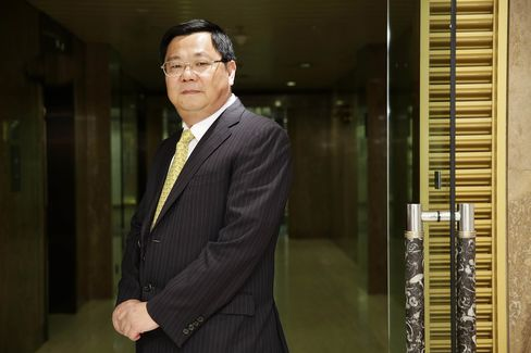 Geely Automobile Holdings CEO Gui Shengyue