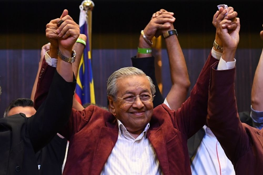 Mahathir's Approval Highest Since September; Coalition Steady