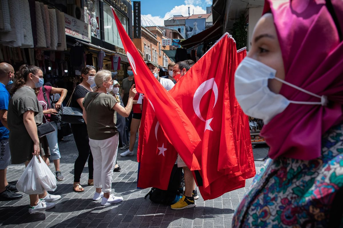 Turkey Unlikely to Take Rate Path Touted by Goldman and JPMorgan