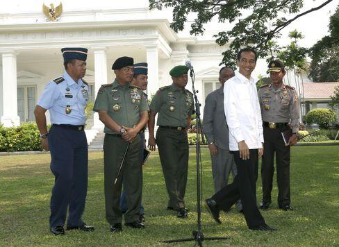 Jokowi and Gatot Nurmantyo