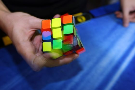 Etch A Sketch Maker to Acquire Rubik's Cube in Iconic Toy Tie-Up
