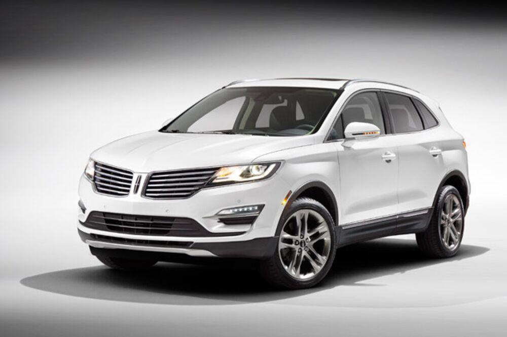 Detroit Auto Show 2014 Luxury Car Companies Race To Make Tiny Suvs