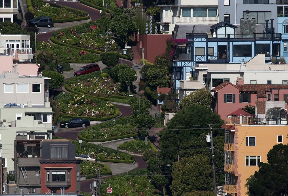San Francisco Could Charge To Drive Crooked Lombard Street