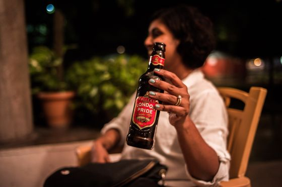 The Pricier the Booze, the Faster It Sells As India's Wealth Grows