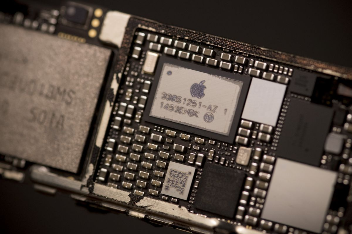 Next Generation iPhone Chips Go Into Production - Bloomberg
