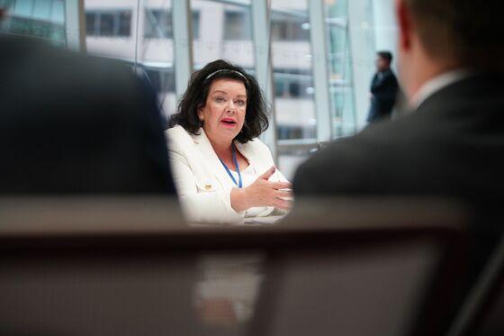 U.K. Favors Comprehensive Over Quick U.S. Trade Deal, Envoy Says