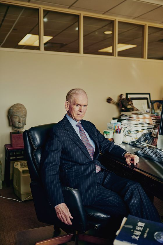 Investing Prophet Jeremy Grantham Takes Aim at Climate Change