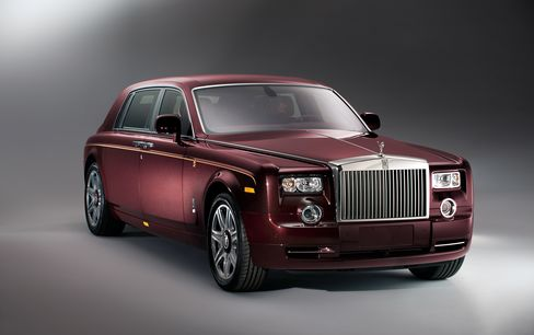 Rolls-Royce Sells Out Dragon Phantom as Easing China Growth