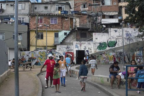 Brazils Economy On Hold As Political Crisis Deepens