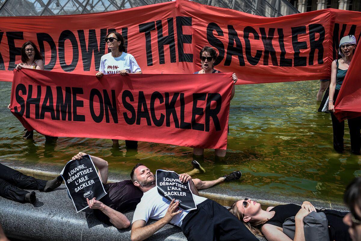 Sackler-Owned Mundipharma Taps Deutsche Bank for Sale