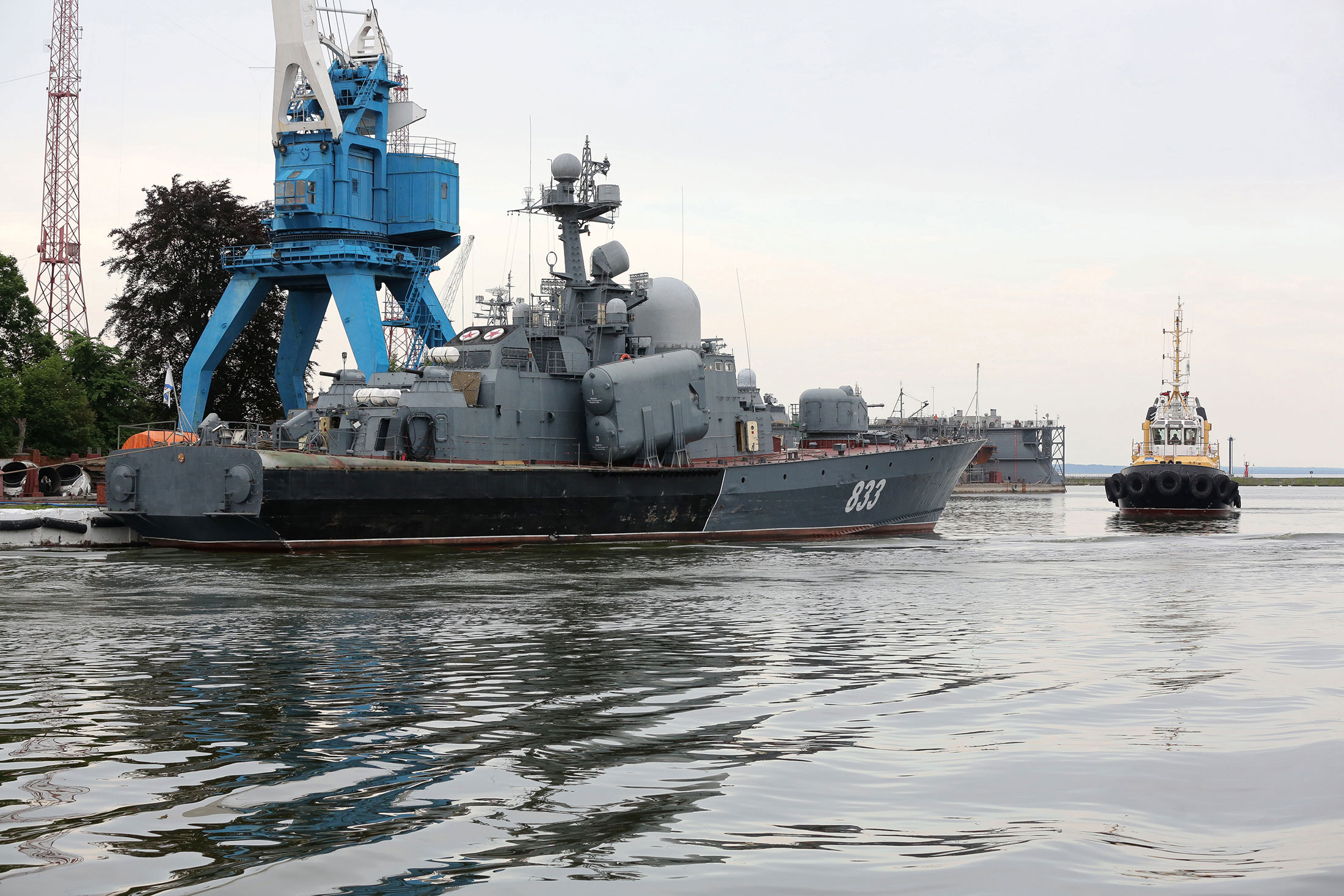 Putin's Military Buildup in the Baltic Stokes Invasion Fears - Bloomberg