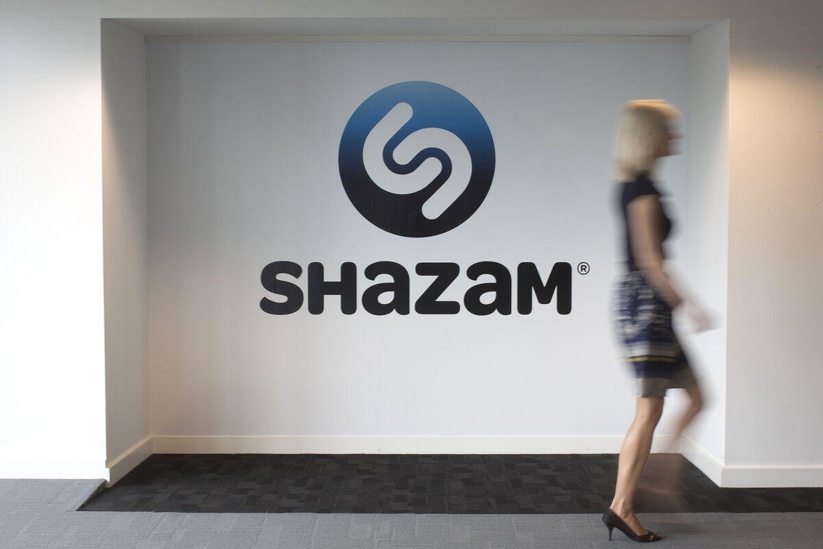 EU Probe Puts Apple's Shazam Deal at Risk