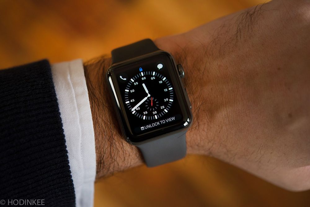 10d28a4f9507 A Concise History of the Smartwatch - Bloomberg