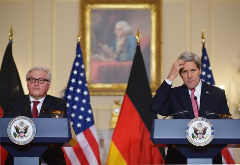 Foreign Minister Steinmeier and Secretary of State Kerry