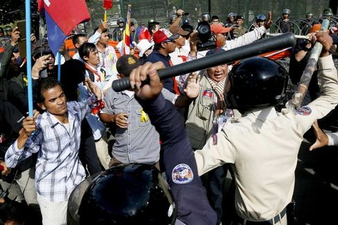 Cambodia???s Political Turmoil Deepens With Violent Clashes and Arrests of Opposition Leaders