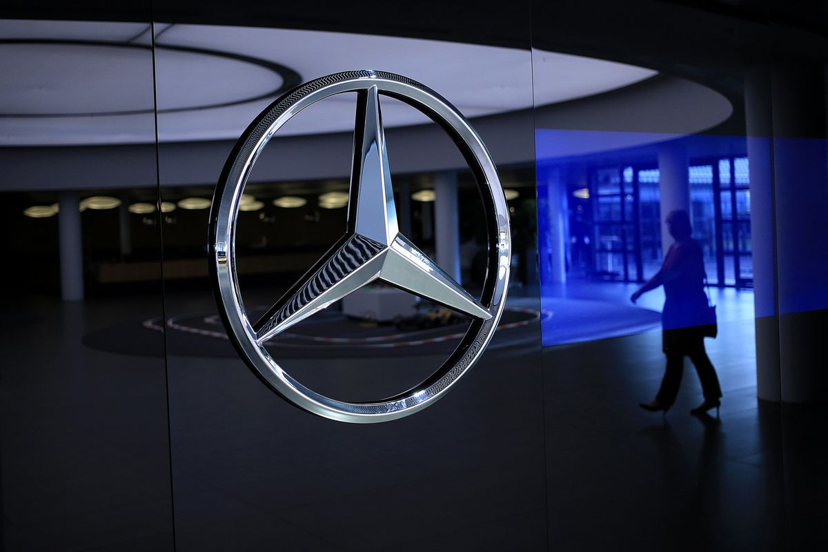 What to Know About Daimler in China After Geely's Big Investt
