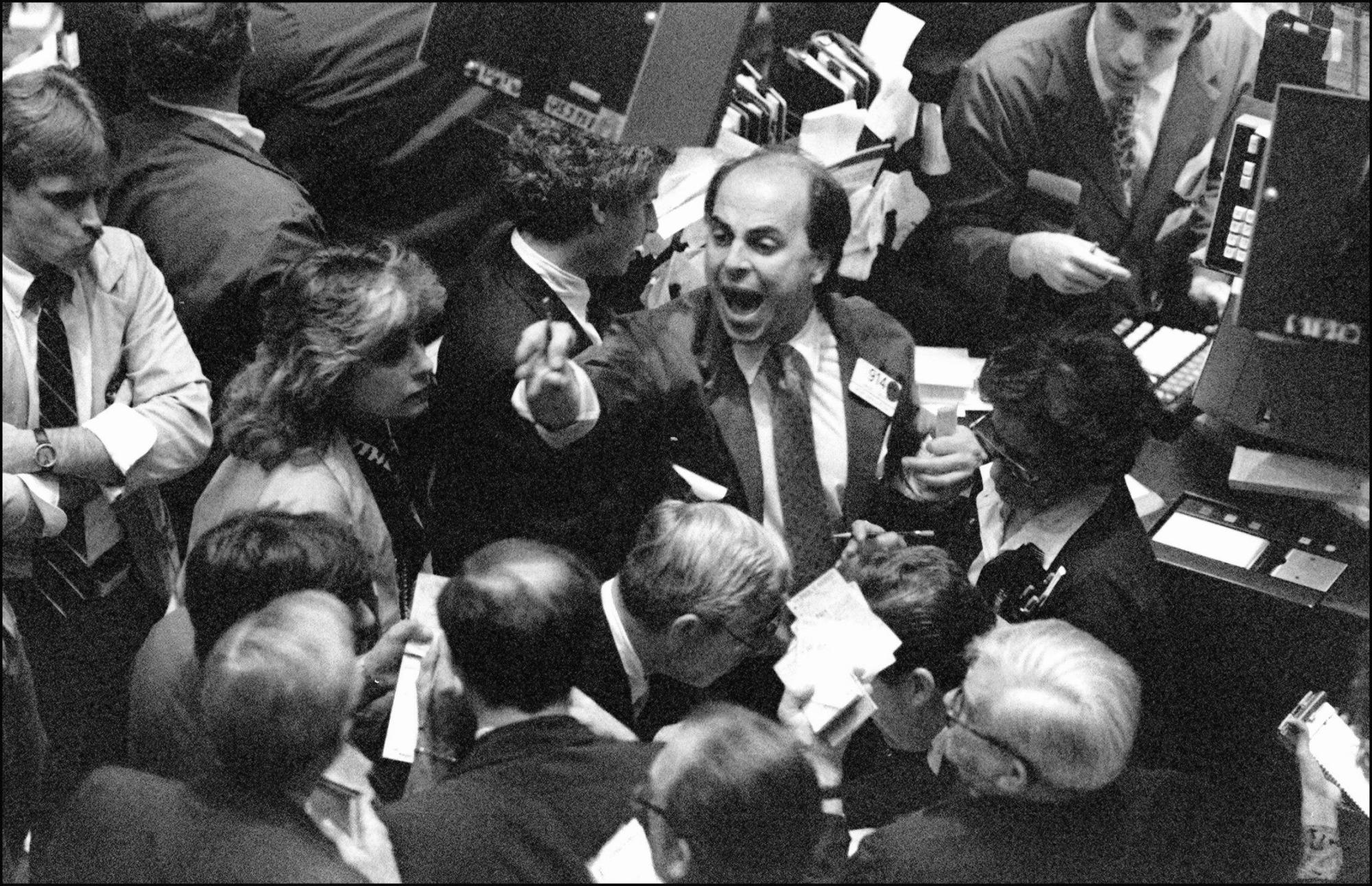Stock Market Crash,1929,New York Stock Exchange,Crowd Gathered,Big Board,NYSE