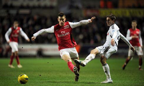 Arsenal Beaten 3-2 by Swansea