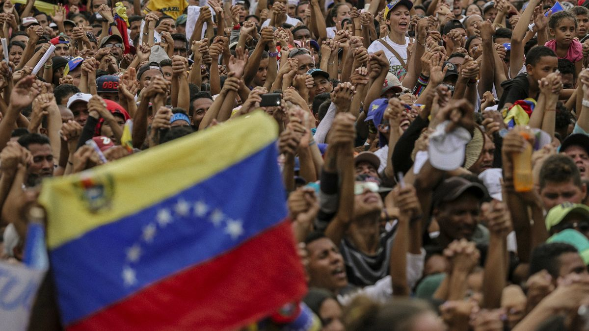 Venezuelans Head to the Polls for a Vote Which is All However Received