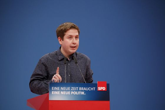 The Job Nobody Wants: Merkel's Coalition Partner Seeks a Leader