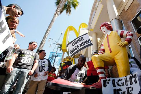A Help-Line Voice Saying What McDonald's Won't: Fast-Food Workers Need Aid