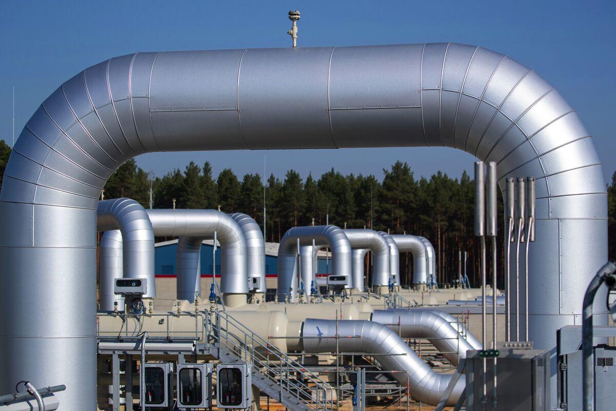 Poland Escalates Nord Stream Spat With $7.6 Billion Gazprom Fine