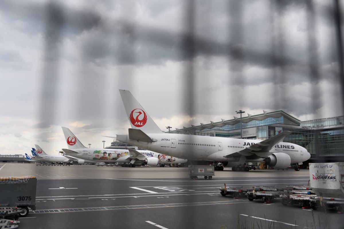 Japan Airlines Posts Biggest Loss Since Re-Listing in 2012