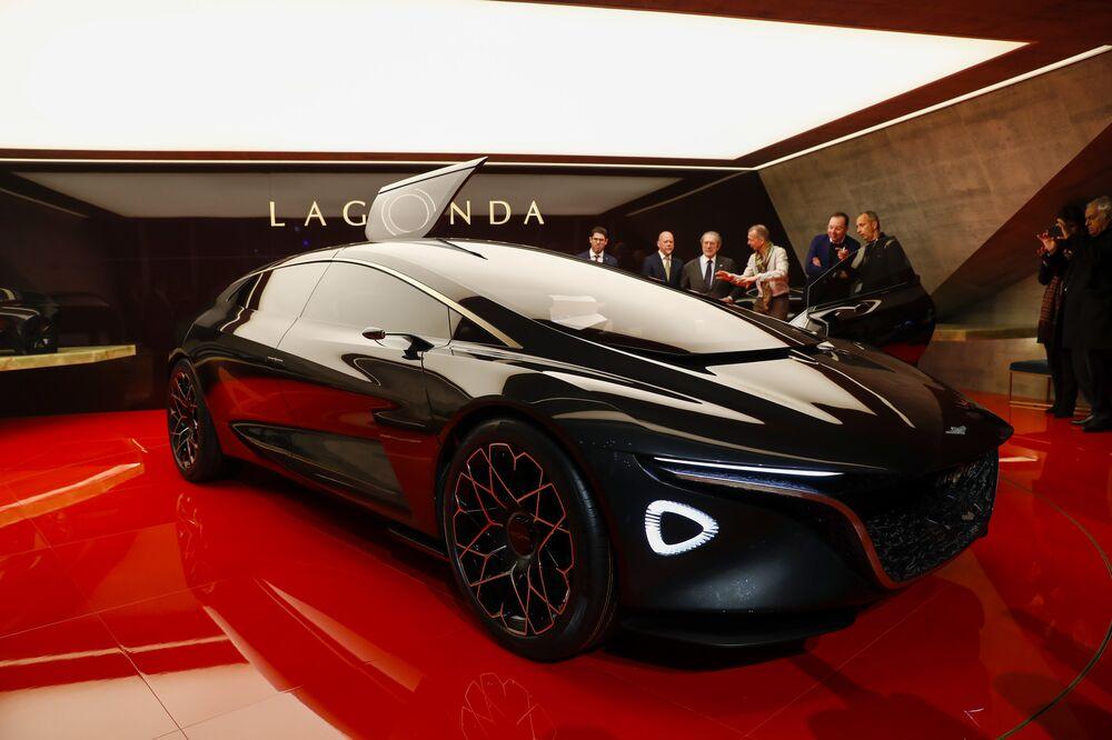 Aston Martin Revives Lagonda Luxury With A Radical Electric Sedan Bloomberg