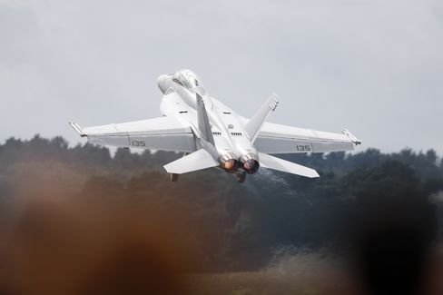 Western Arms Pinch Prompts Export Rethink at Boeing, Eurofighter