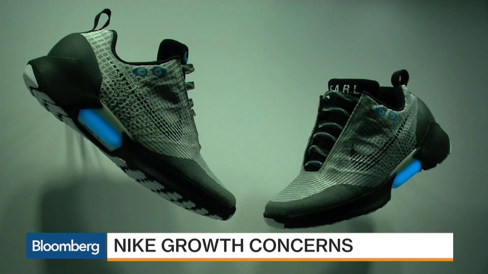 4713f1deea1b Nike s Tepid Forecast Disappoints Investors - Bloomberg