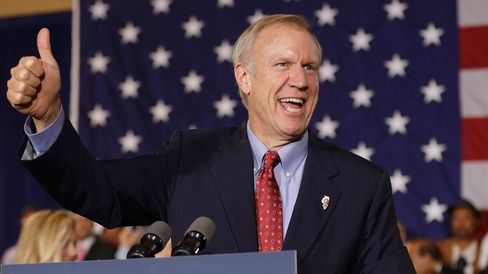 Republican gubernatorial candidate Bruce Rauner declares victory during his election night gathering while incumbent Democratic Gov. Pat Quinn is yet to concede on November 4, 2014 in Chicago, Illinois.